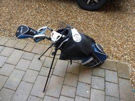 Starter set Childs Boys Girl Midget Golf bag 4 clubs and balls