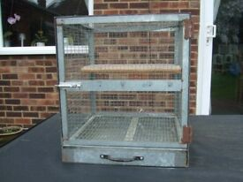 Small cage for Chinchilla / Degu / Chipmunk / Rat 44 x 44 x 50cm (1ft 5in x 1ft 5in x 1ft 8in)