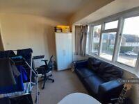 2 bedroom flat in Baden Road, Brighton, BN2 (2 bed) (#1021055)