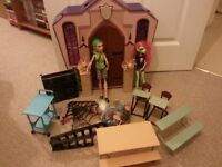 MONSTER HIGH: School Doll House - Portable Playset with EXTRAS