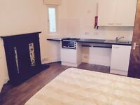 Lovely Spacious Double Studio ! INCLUDING BILLS