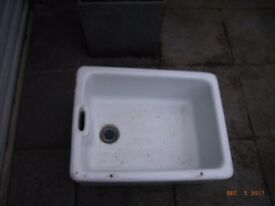 Belfast sink looking for a loving home
