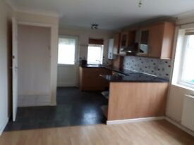 3 Bed House For Rent in Llandybie