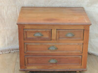 Waxed compact chest of Drawers Vintage (Delivery)