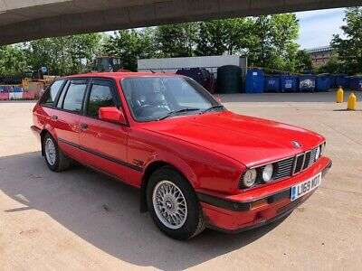 BMW 318i e30 tourer estate black leather