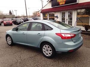 2012 Ford Focus SE| POWER LOCKS/WINDOWS| A/C| 10,027KMS Cambridge Kitchener Area image 4