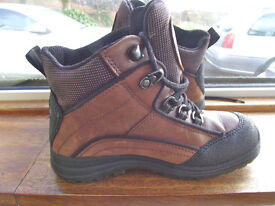 NEW UNWORN ECCO BROWN/BLACK LACE UP ANKLE BOOTS SIZE 3 (EU36)