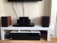 B-w bookshelf speakers mint condition model 685