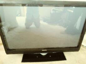 """phillips 42"""" lcd tv"""