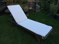 Outdoor Chaise-long Sun-lounger Chair with Cusion