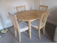 LIGHT OAK EFFECT EXTENDING TABLE AND 4 CHAIRS