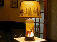 NEW,CABELAS,DEER TABLE LAMP,GLASS BODY,79 CMS TALL,3 POSITION SWITCH