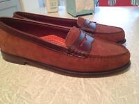 NEW. Women's Suede+Leather Shoes. Sz.10. .BASS.