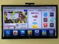 LG 55LW550T 55-inch HD Widescreen 3D LED TV still under warranty! Smart TV with many free extras