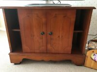 SOLID WOOD TV CORNER UNIT