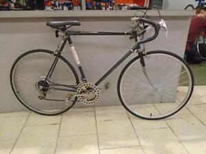 """Vélo de route Competition 22"""""""