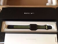 Apple Watch 2 (2nd Generation) Nike+ 42mm Space Grey Aluminium Case with Nike Sport Band