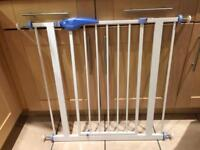 Lindam Pressure Fit Stair Gate/Safety Gate