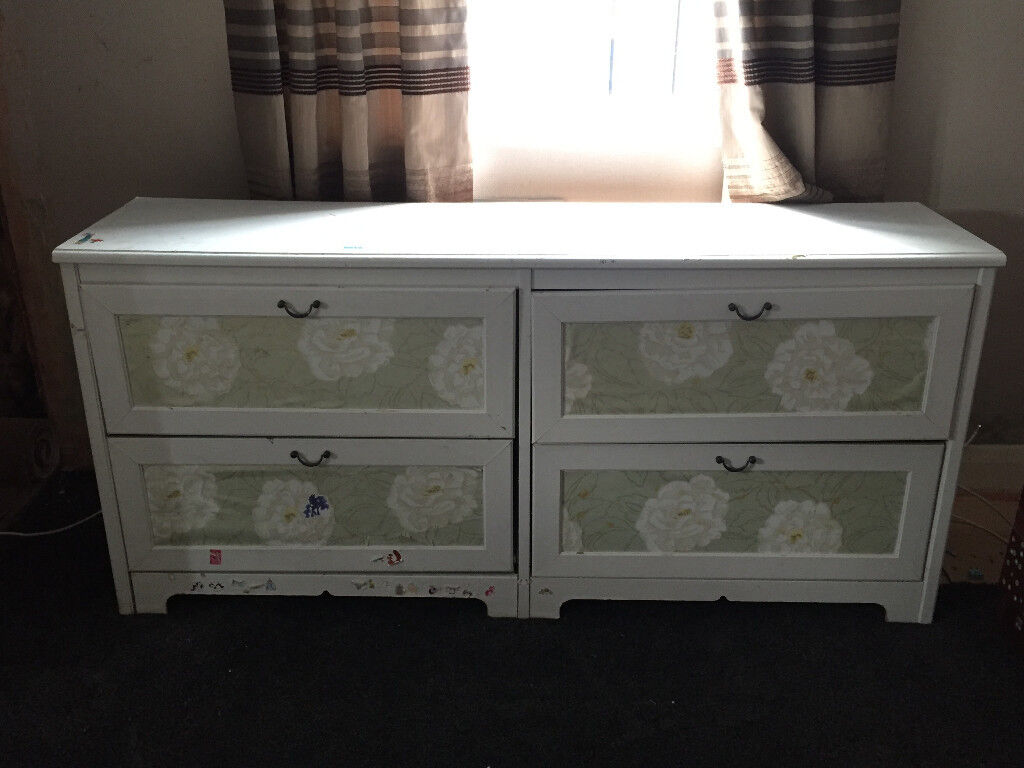 White with floral pattern chest of drawers