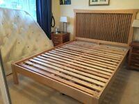 Kingsize Bed - beautiful Walnut and Maple wood (Croydon)