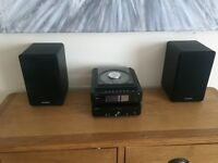 Sandsound CD player with speakers