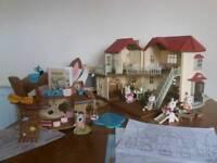 Sylvanian families. Beechwood hall & treasure ship