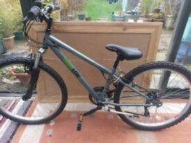 Apollo gridlock mountain bike rrp £140 halfords