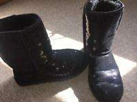 Black sparkly uggs size 4.5