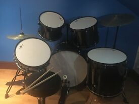 Barely Used Gear4Music Drum kit For Sale