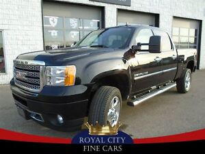 2014 GMC SIERRA 2500HD Denali Navigation Sunroof, Hard tonneau c