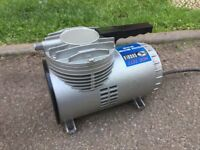 Sagola Air Brush Compressor - 240V