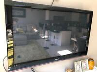 "Samsung 50"" tv with wall bracket"