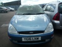 BREAKING ---- Ford Focus MK1 Pre-Face Lift Ghia 2L Petrol --- 2001