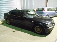 2001 BMW 316i E46 Automatic Saloon in black BREAKING FOR SPARES PARTS