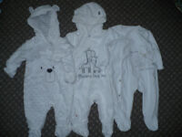 Bundle of 19 clothes for boy 0-3mths/ 0-3 mths. In new and very good condition.