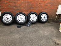 Set of 4 Renault master wheels £100!!! ONO