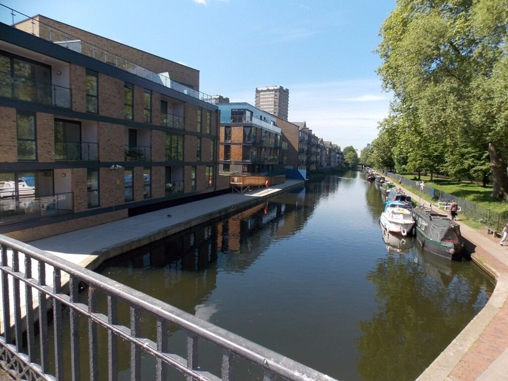 ***VERMILION APARTMENTS, GUNMAKERS WHARF DEVELOPMENT*** TWO BEDROOMS, TWO BATHROOMS - VICTORIA PARK