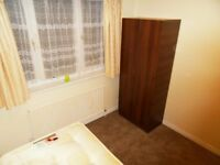 Single room available in Upminster (District line) NO EXTRA CHARGES