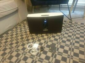 SoundTouch® 30 music system wireless speaker with adaptor Bluetooth good conditon and fully working