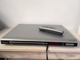 Philips DVD Player model DVP520, original remote control, scart lead, AV cable