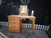 SOLID PINE FARMHOUSE DRESSING TABLE WITH TOP MIRROR WITH 4 DOVETAIL DRAWERS EXTREMELY SOLID SET