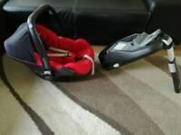 Maxi cosi Pebble car seat + isoffix familifix