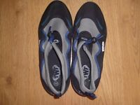 sea shoes size 8