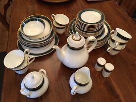 Royal Doulton Biltmore Full Dinner Service