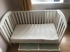 Fantastic condition baby cot for sale