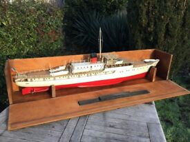 Live steam model boat