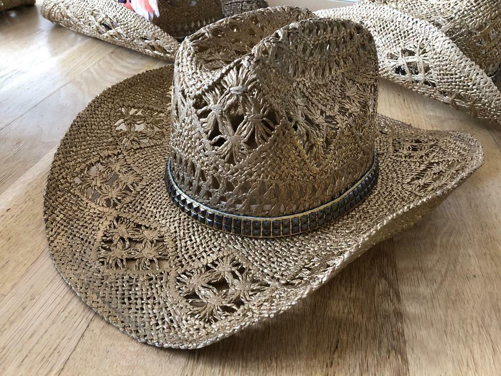 5f474a32c38d10 Cowboy Hats (5x)   in Lambeth, London   Gumtree