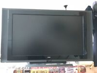 TV 37 inches HDMI + decoder box, no time wasters