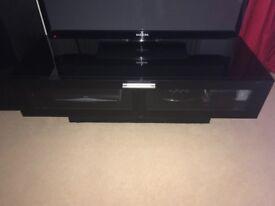 Black high gloss TV cabinet