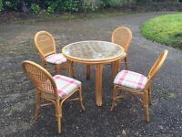 Daro Style Conservatory Dining set